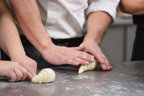 Secretos de la Cocina Francesa escuela de negocios de la hospitalidad y alimentación